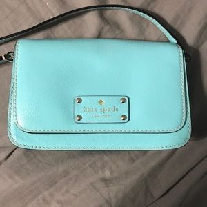 Like new Kate spade crossbody!!